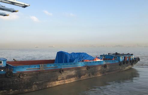 游艇出口运输及吊装