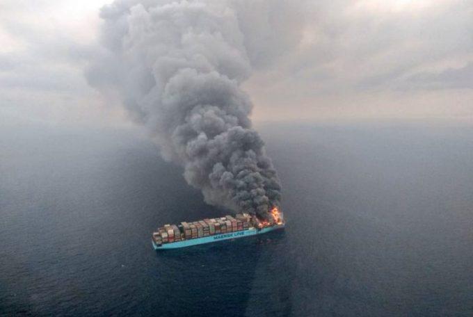保险公司要为马士基火灾事故赔偿数亿美元